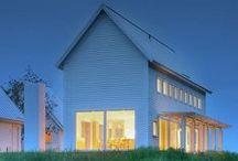 Modern Farmhouse / by Bethany Nauert