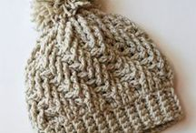 Crochet - Hats Chunky Yarn / With so many wonderful crochet hat patterns available... it's nice to separate them by yarn weight so I can easily look for a pattern when I have a heavier yarn that needs some creating