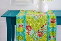 Quilts - Table Runners & Toppers / by Brenda Morris