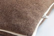 Organic Dog Beds, Wool Dogs Accessories / Organic Dog Bed. The Wool & Dogs beds have been designed for the optimum well being of your pet. Comfortable and stylish, you can convert any corner of your home into the haven your dog has always dreamed of. Although you may get the urge to lie on it, remember, it's your dogs'. Love in a natural way