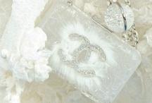 Wedding Planner: The Accessories / by Defne Erginler