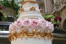 Wedding Planner: The Cake / by Defne Erginler