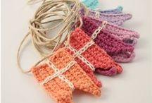 Knitted & Crochet Garlands, Bundting