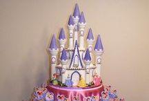 Bolos de Princesas / Ideias para fazer bolos com tema das princesas favoritos de todo mundo