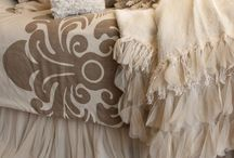 All Natural Home Decor - Fabrics & Ideas / Naturals can include a wide range of earth tones and many types of fabrics.  Linen and burlap are some of the most popular fabrics in current design and home decor.  Please visit www.lsfabrics.com to see more linens, burlaps and natural fabrics.