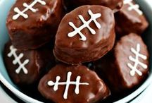 Kitchen Meets Game Day / All the best foods for game day! / by Kitchen Meets Girl