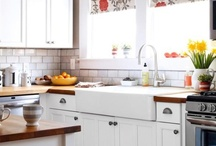 Cute Kitchen / Dreaming of getting a house, and how I'll decorate when that day comes. This is decoration and organization ideas for the Kitchen area.