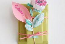 gifting / giftwrap, bows, ribbons
