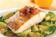 Fish & Seafood Recipes / Easy fish, seafood, & vegetarian recipes that can serve as meat alternatives during the season of Lent. Try out these great dishes today!