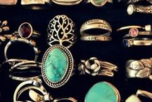 Jewelry & Accessories / by Morgan Steinberg