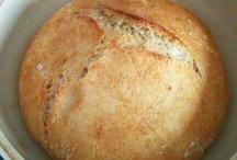 Sourdough & Healthy Breads / by Shannon Harlow-Johari