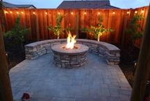 Fire Pits - Outdoor Fireplaces / Fire Pits - Outdoor Fireplaces