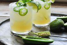 Cocktails: Creative cocktail recipes to inspire you / Cocktail recipes for parties, cocktails for drinking, cocktails for fun.  Lots of creative cocktail recipes.