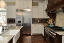 Kitchens / by Meredith Wright