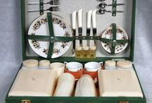 Vintage Picnic Sets / Picnic sets through the ages from 1950s to 1980s
