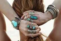 Accessories / by Irma Gzz