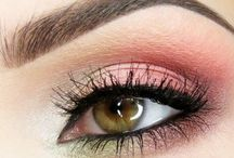 Beauty - Eyes Makeup / Because I love well framed eyes.