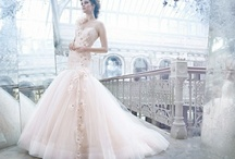 Wedding Dresses / by Lorraine Manawil