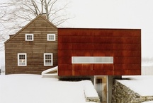 Home Exterior / by Lindsey Fowler