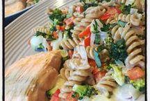 Hello Fresh 2015-2016 / Sinds wij onze nieuwe keuken hebben, intensiever aan de slag met onze warme maaltijd. Wij worden extra geholpen door Hello Fresh / by Anita Holthuis (AnitaHvL)
