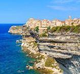 Lieux de réception en Corse / Sélection des plus beaux lieux de réception de la Corse pour un mariage inoubliable. Retrouvez plus d'inspiration mariage sur www.zankyou.fr