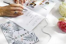 La Wedding Box Zankyou X Cheerz / Découvrez notre  WEDDING BOX   Faites le plein d'inspiration DIY pour les mariages de cet été ! ✔️ En cadeau de mariage UNIQUE et PERSONNALISÉ. ✔️ En SOUVENIR de votre grand jour ✔️ Pour votre DÉCORATION le jour J Surpassant l'album photo de mariage, la WEDDING BOX est le cadeau inédit de l'été ! Encore plus d'inspiration mariage sur www.zankyou.fr