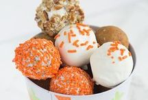 Cake Pops and Truffles / Fun and easy diy cake pops -- cake pop ideas -- recipes -- easy truffle recipes and ideas. Cake pops and truffles of all kinds for tips and inspiration.