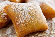 Delicious Fried Foods / Delicious Fried Foods -- recipes -- ideas -- for a party.