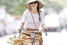 Stylish people on bikes - street style / Don't sacrifice your style when you're on your bike. Shop at CycleStyle.