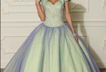 Beautiful dress up / by Lynn McDonald