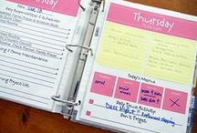 Free Printables / Weekly planners, kitchen conversion charts, birthday calendars and more!