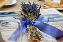 Lavender / Bright purple, soft blue, pink and white, lavender comes in beautiful colors, but it is the heavenly scent that gathers all of us as lovers of lavender. Stunning as a bouquet, to scent our drawers as sachets, a field of lavender is a delight to our senses and warms our heart.