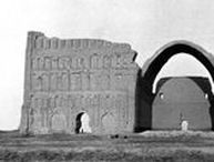 Gertrude Bell in Iraq, Kurdistan and Saudi Arabia / A selection of Gertrude Bell's photographs held by Newcastle University, dating from around 1909-1914, of the regions and subjects relevant to my photography.