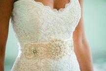 Wedding Dresses / by Mollie McCown