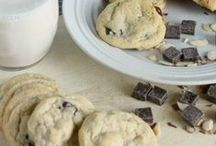 Food: i'm a cookie monster / vegan | plant based | cookies | dessert