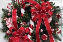 Holiday - Christmas - Wreaths/Sprays/Trees