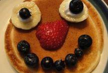 Flippin' good pancakes / Wacky and weird pancake creations! Share your pancake art on twitter @IdealWorldTV or Facebook https://www.facebook.com/idealworldtv