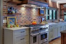 Interiors - Kitchens / by Linda Hilliard