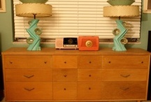 Vintage Interiors & Decor: Modern/Retro