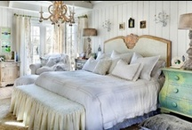 Cottage Chic / by Linda Hilliard