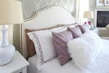 Bedroom Inspiration / Relaxing, Resting and Sleeping. None of it would be possible without a cozy bed and calm surroundings. This board is full of inspiration for the most important room of the house... The bedroom!