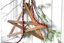 Wreaths / holiday wreaths, DIY wreaths, how to make your own wreaths, decorating with wreaths, wreath inspiration, wreath ideas