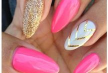 Nails / by Maria Sanchez