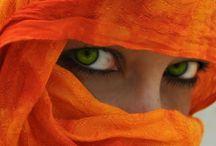 Beautiful Eyes / by Bobbie Hales