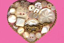 Button infatuation / by Danna