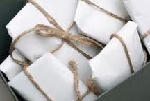 - PAQUETS - / Retrouvez dans ce tableau des idées pour réaliser de fabuleux packaging et paquets cadeau. www.lamarieeauxpiedsnus.com
