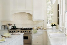 KITCHENS / by Debbe Daley