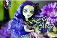 Monster High Gloom & Bloom Party / Monster High party featuring the new Gloom & Bloom doll collection.