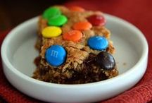 Mel's Desserts / All of my most popular cookies, cakes, pies, bars and candies compiled into one SWEET spot!  / by Mel {Mel's Kitchen Cafe}