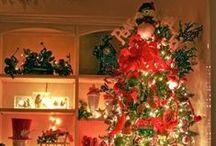 Holiday Extravaganzas / by Kayde Givens
